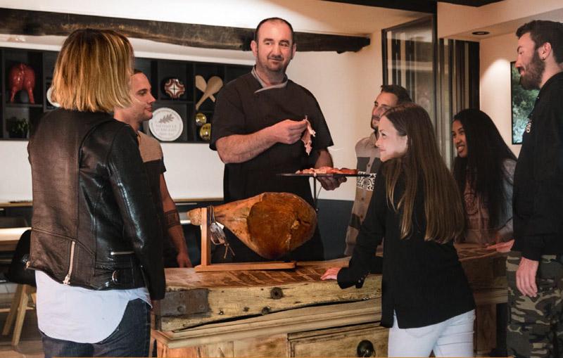 degustation-au-musee-du-jambon-de-bayonne - centreville
